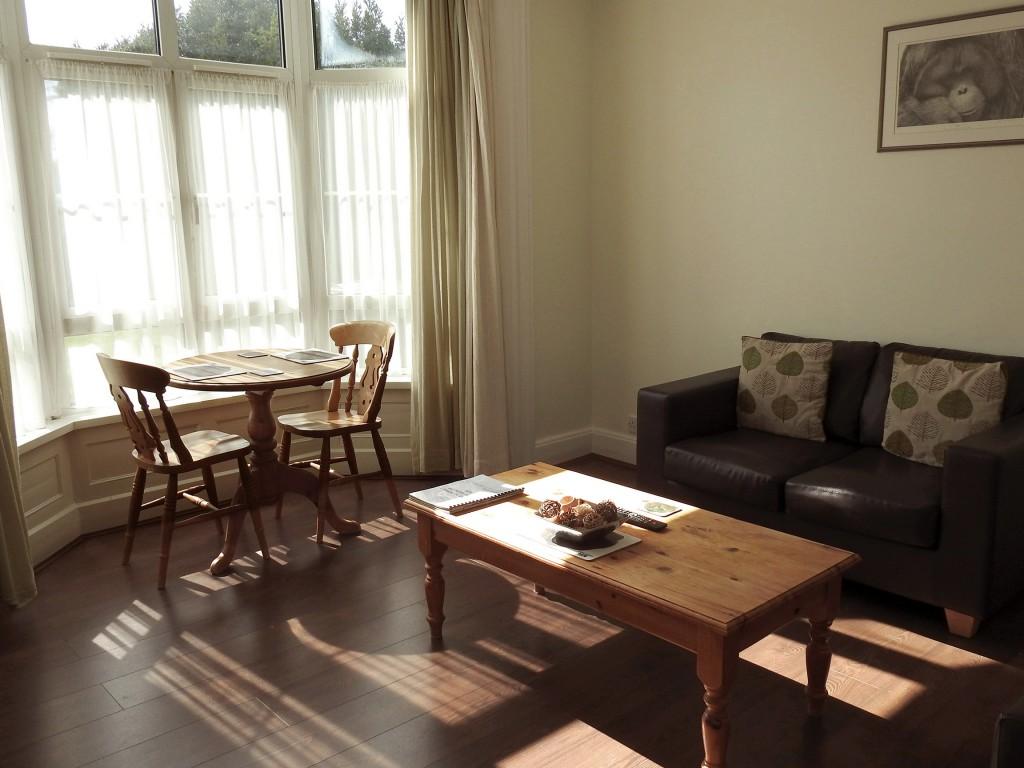 Cedars3_lounge